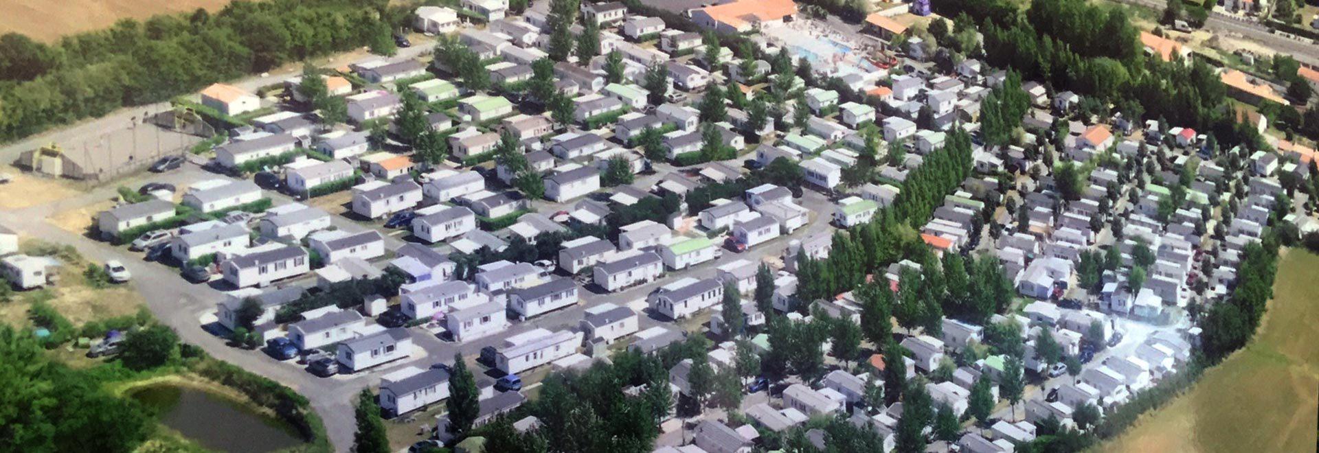vue aérienne du camping le chatelier